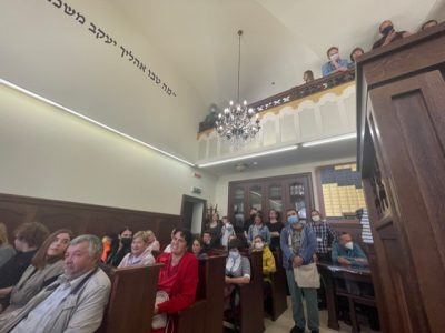 Audience members during the poetry reading at Chernivtsi's synagogue.