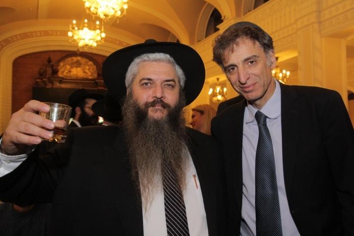 Hanuka Brodsky Synagogue 2015 Azman Eliav Belocerkovsky
