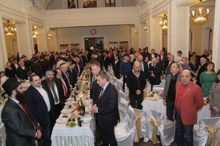 Hanuka Brodsky Synagogue 2015 MP Minute of silence Yacyna