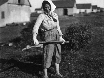Jewish collective farm worker, Ukraine, 1920s.